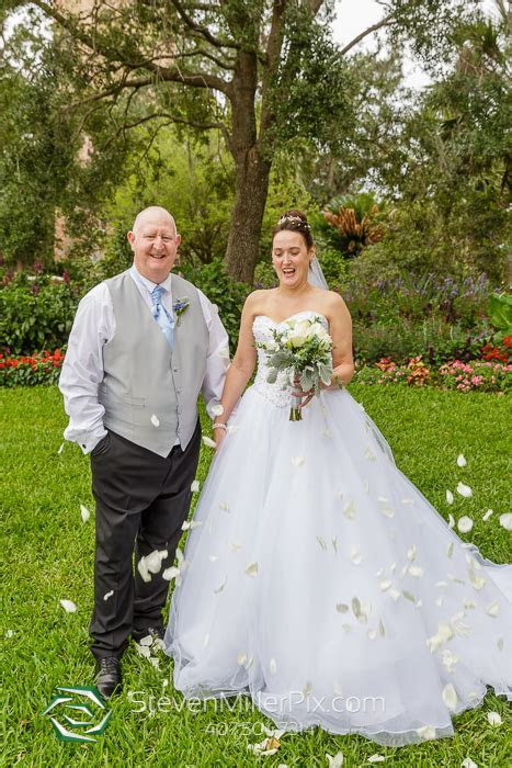 Bok Tower Gardens Wedding Photographers