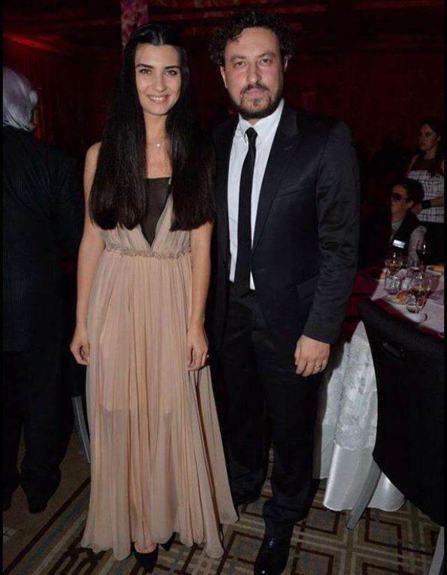 توبا مع زوجها