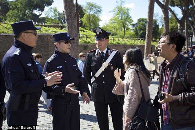 Interior Minister Angelino Alfano noted that it is the first time that China have sent police to Europe for such a project