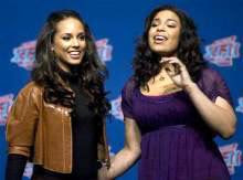 Alicia Keys made an appearance during the Super Bowl pre-game show and Jordin Sparks sang the national anthem before Super Bowl XLII.