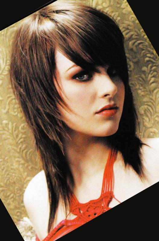 Coiffure Femme Cheveux Mi Long Blond Carré Plongeant Et Meche