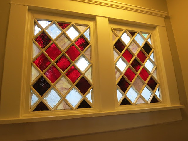 IMG_2732-2013-07-28-Highland-View-Stained-Glass-window-on-stair-landing