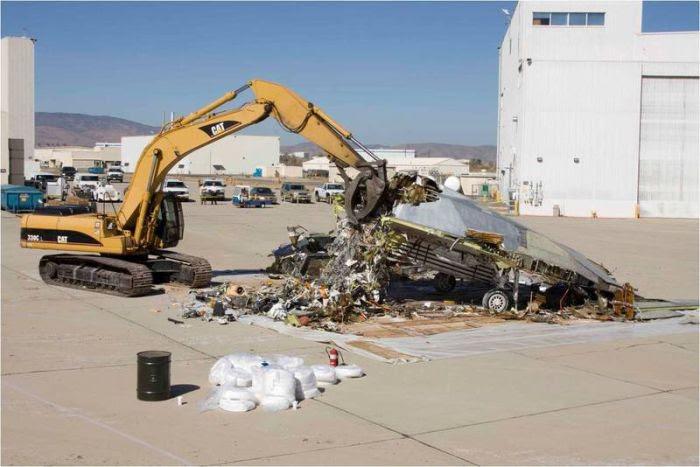 Disposal of Lockheed Martin F-117 Nighthawk (1)