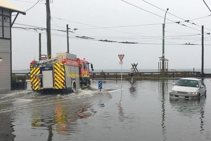 A photo sent into MetService by Jim Burns of Lyall Bay in Wellington today.