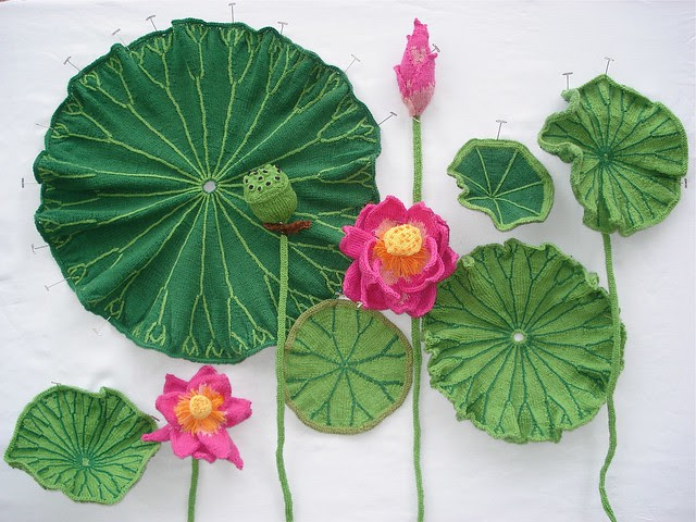 Ruth Marshall, Lotus, 2013. Knitted, crocheted, and embroidered yarn, wire, fabric stiffener, fiber, and pins. Photo by the artist.