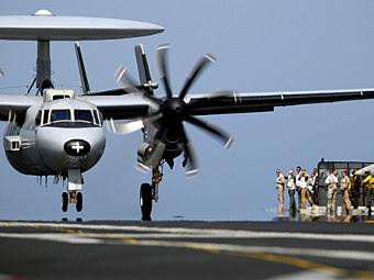 E-2C Hawkeye ВМС Франции. Фото с сайта militaryspot.com