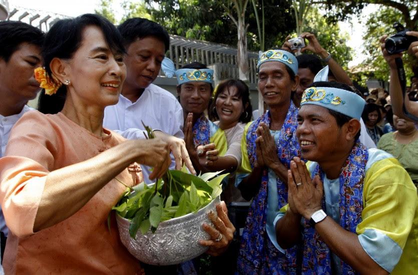 Festival del Agua en Birmania