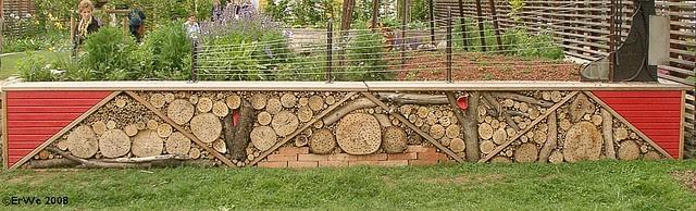 Die Garten Tulln 2008 ausstattung insektenreihenhaus 2008-05