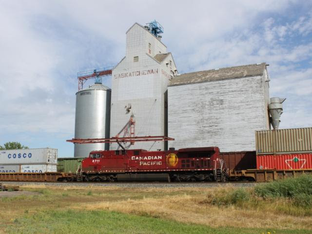 CP 9711 as DPU in Chaplin, SK