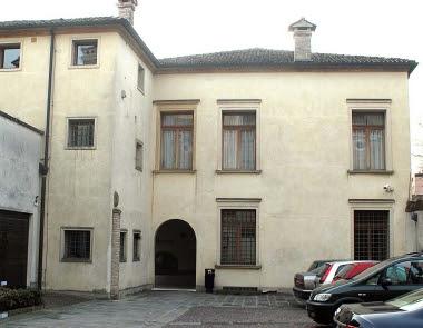 La sede dellIstituto diocesano per il sostentamento del clero