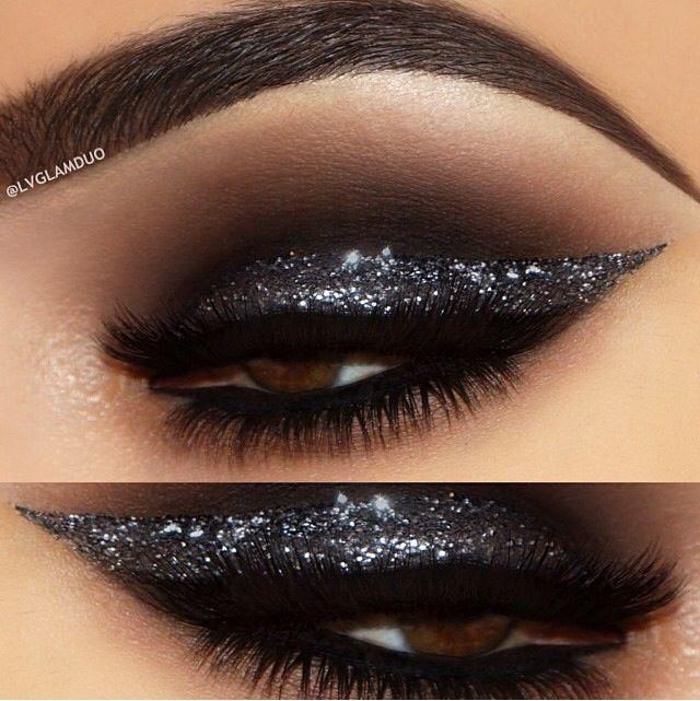 Makeup eyes glitter
