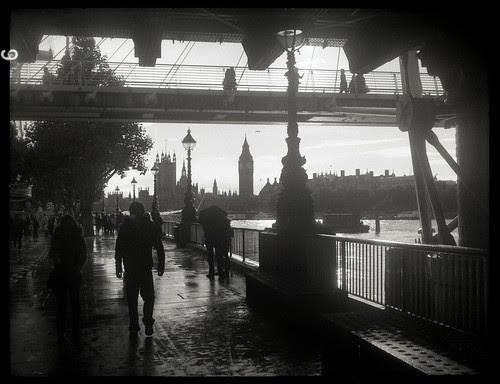 under Hungerford Bridge by pho-Tony