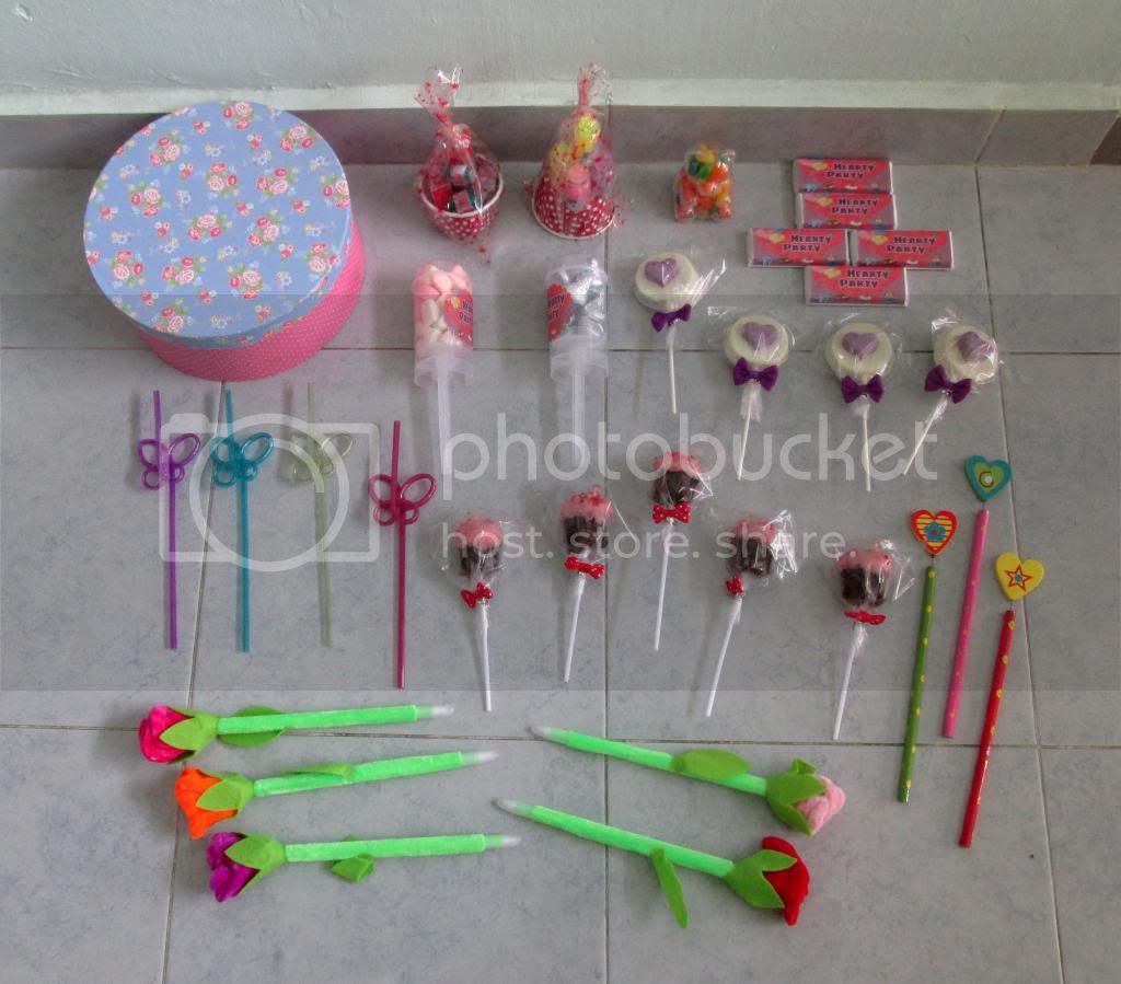 photo HeartyPartyHamper03.jpg