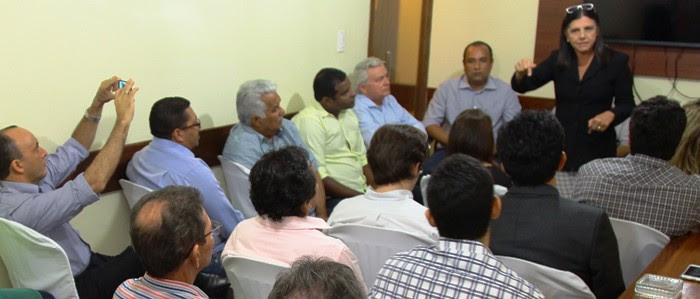 Roseana conversa com líderes do PMDB de São Luís e dos 19 maiores municípios