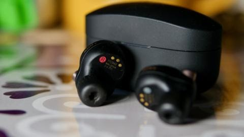 Sony WF-1000XM4 headphones review the best-sounding noise-cancelling