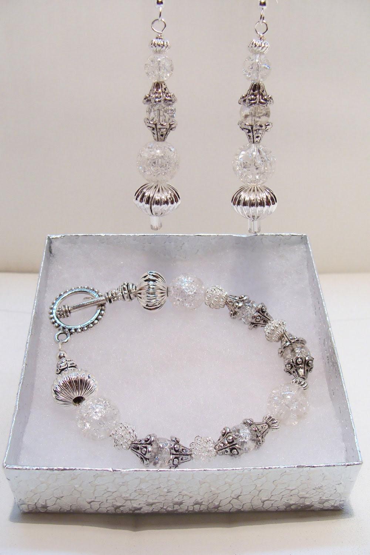 Sparkling Crackle Glass Bracelet