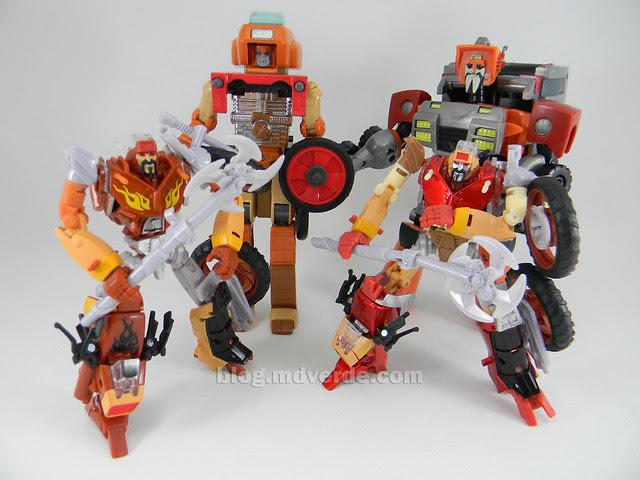 Transformers Wreck-Gar United Deluxe - modo robot vs RTS vs G1 vs Animated