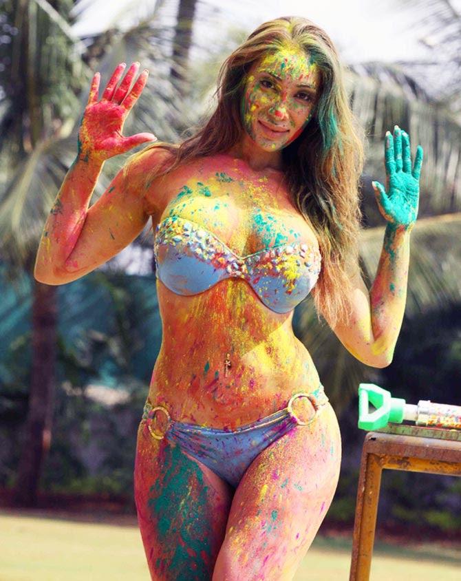 Sofia Hayat's Delicious Mouth-Watering Holi Photoshoot in Bikini