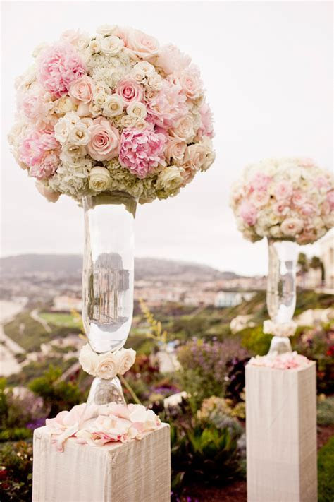Ceremony florals and decor in pink and white   wedding
