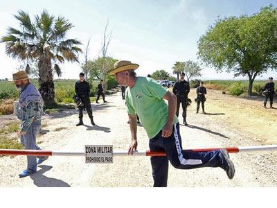Diego Cañamero sale de Las Turquillas. EFE