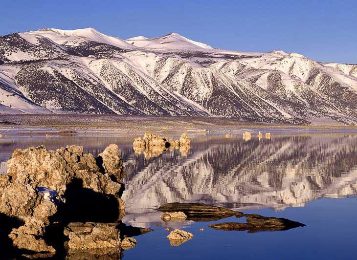 Сказочное озеро Моно в Калифорнии