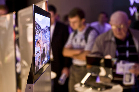 organic led oled sony 2010 2011 2012 future tv screen