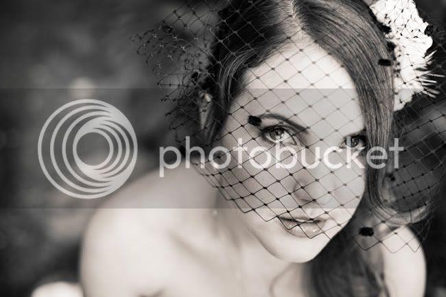 http://i892.photobucket.com/albums/ac125/lovemademedoit/CT_vintagewedding_014.jpg?t=1298457388