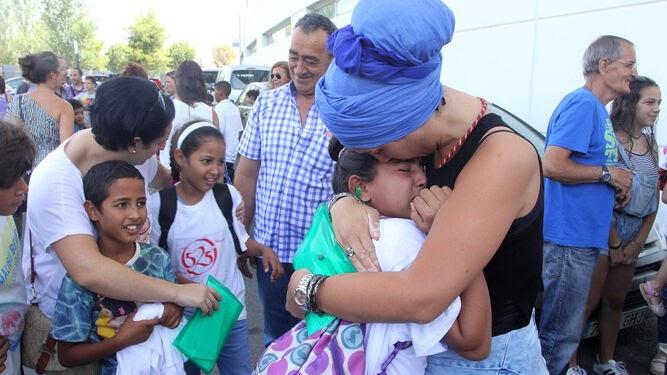 Vacaciones en Paz busa familias para acoger a 17 niños saharauis que nunca han salido de los campamentos.
