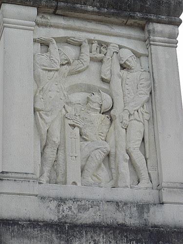 montceau les mines, monument Bourdelle 2.jpg