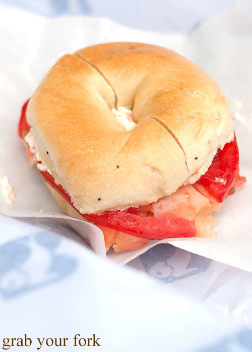 smoked salmon and cream cheese bagel at russ & daughters smoked fish nyc new york usa jewish food lower east side les