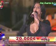 Ana Duarte a sensual cantora