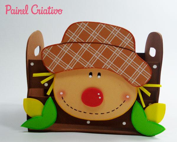 Como Fazer lembracinha festa junina eva mini-caixote espantalho porta Guloseimas escola DECORACAO junina enfeite mesa (5)