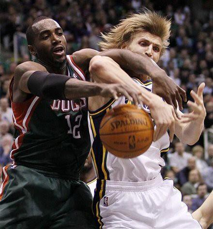 Bucks Jazz Basketball