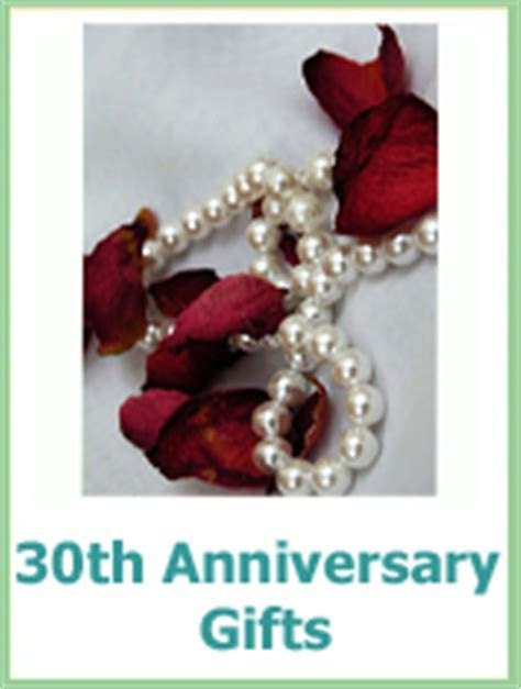 Traditional Wedding Anniversary Gifts   Ideas By Year For