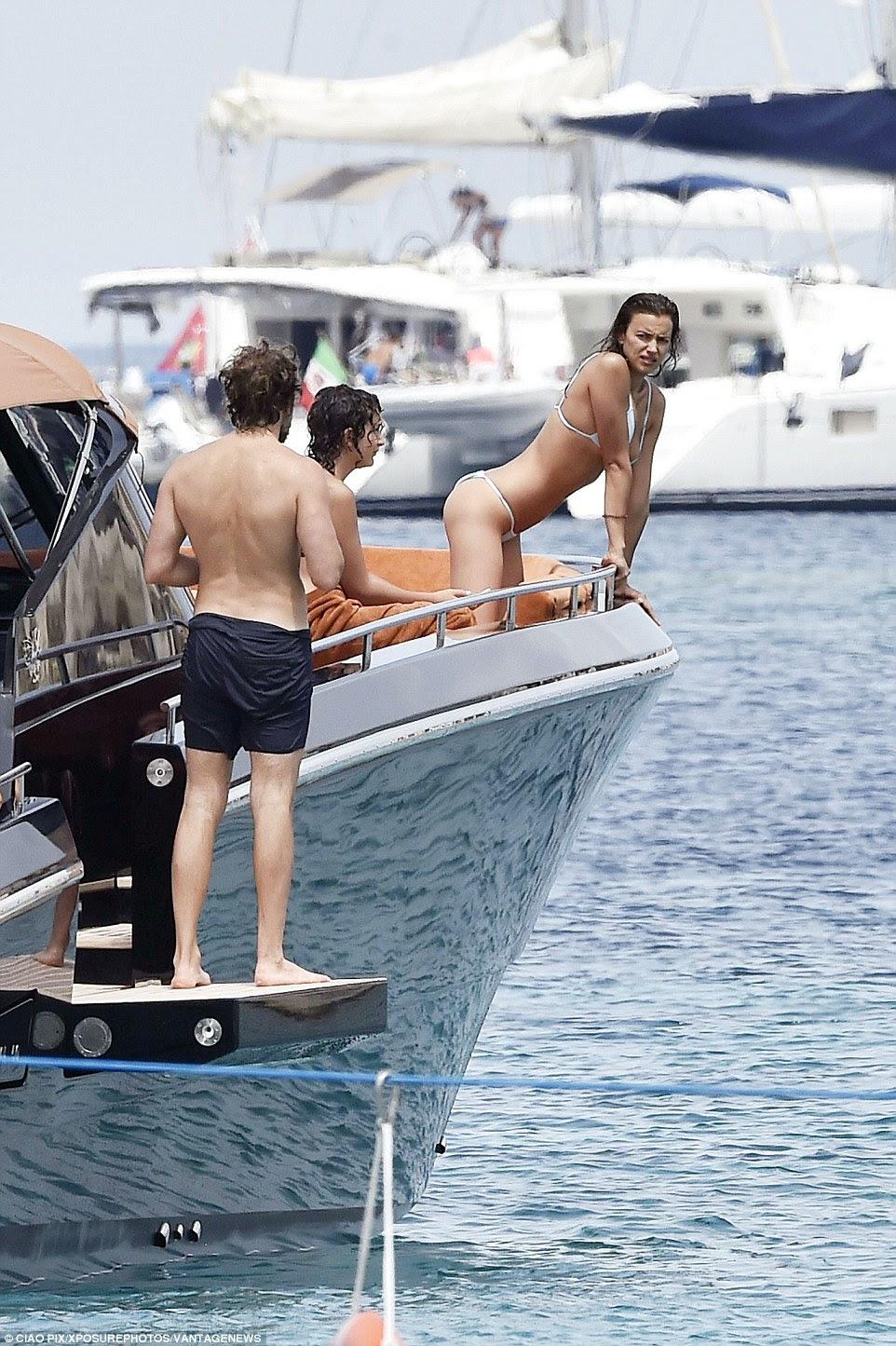 Bradley e Irina foram desfrutar de algum tempo de diversão longe e pouco antes de sua viagem de barco, eles desfrutaram de algum tempo no Lago Garda