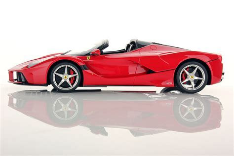 Ferrari LaFerrari Aperta 1:18   MR Collection Models