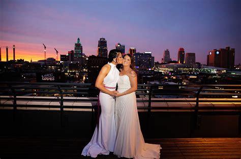 Modern rooftop wedding in Kansas City, Kansas   Equally