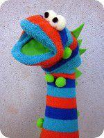 Como hacer un titere de calcetin con forma de monstruo