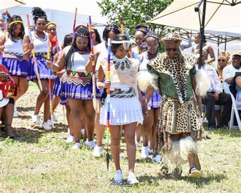 Zulu Traditional Attire For Umemulo   Clipkulture