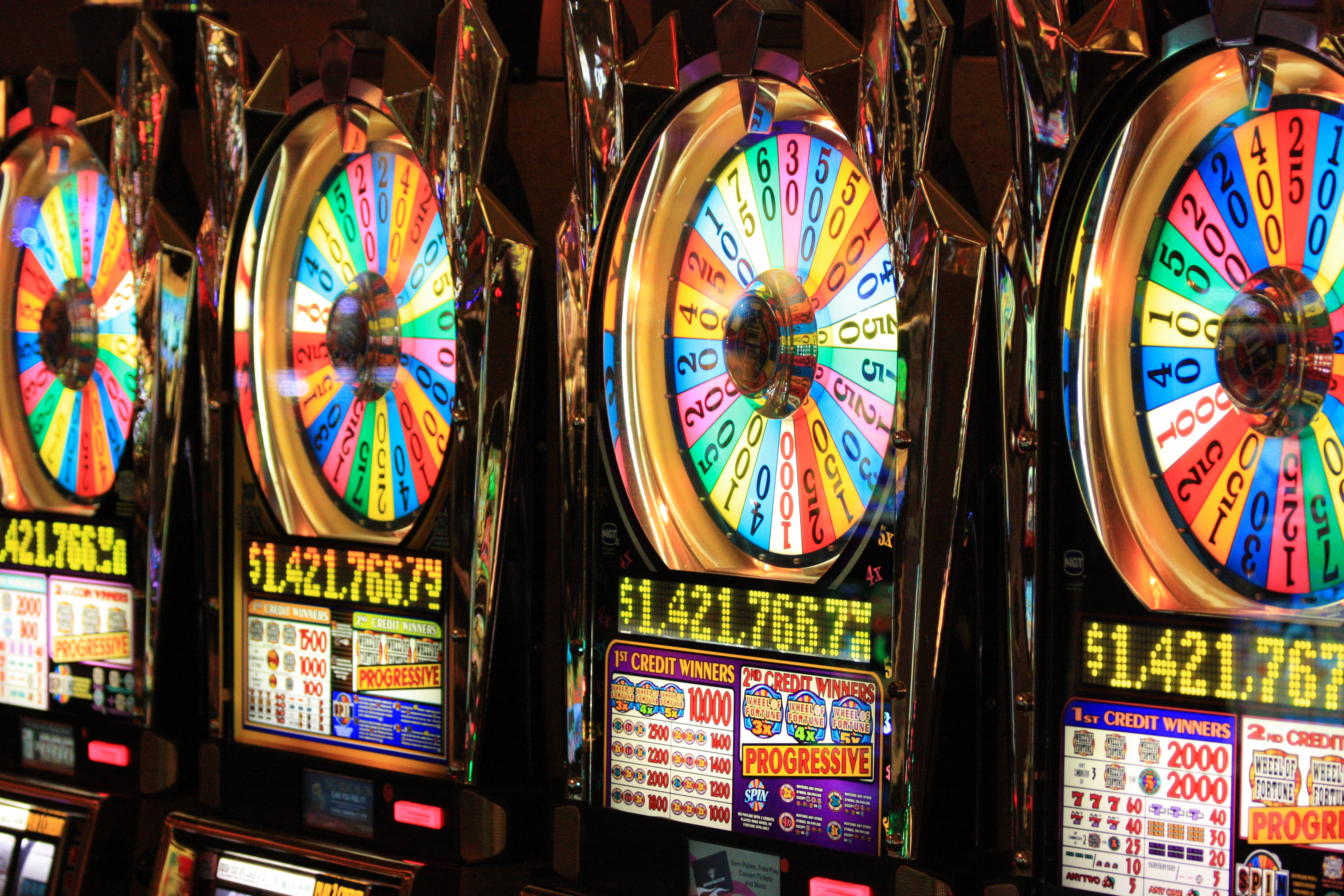 Play 7,+ free slots games with no signup and no download needed at the largest free slot machine collection online.4,1/5(12,4K).