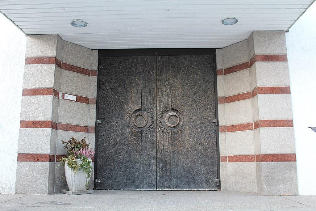 Nyapostoliska kyrkan 2012b.JPG