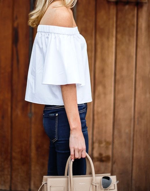 2 Le Fashion 31 Stylish Ways To Wear An Off The Shoulder Look Blogger Krystal Schlegel Tibi Top Nude Bag Jeans photo 2-Le-Fashion-31-Stylish-Ways-To-Wear-An-Off-The-Shoulder-Look-Blogger-Krystal-Schlegel-Tibi-Top-Nude-Bag-Jeans.jpg