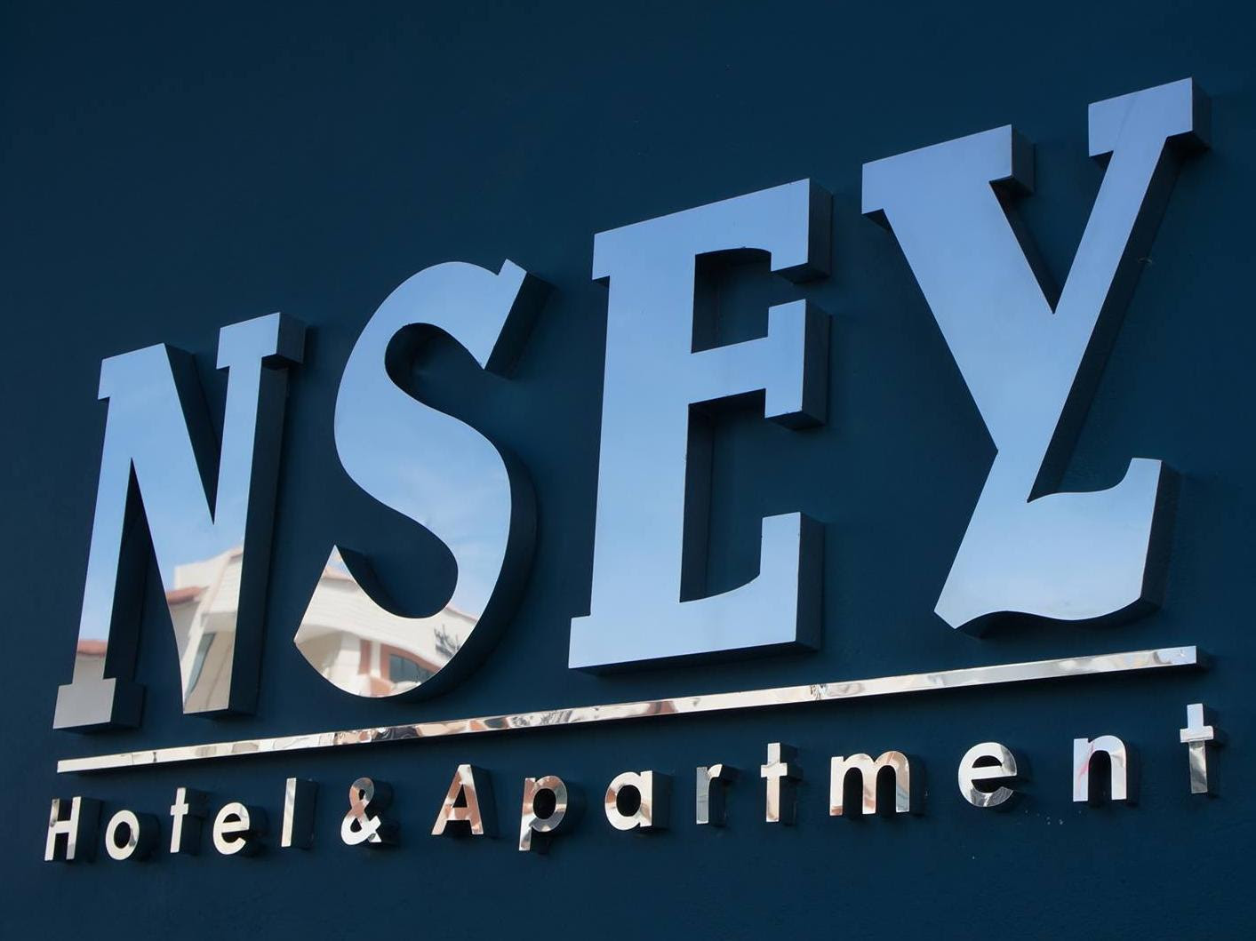 Discount NSEY Hotel and Apartments