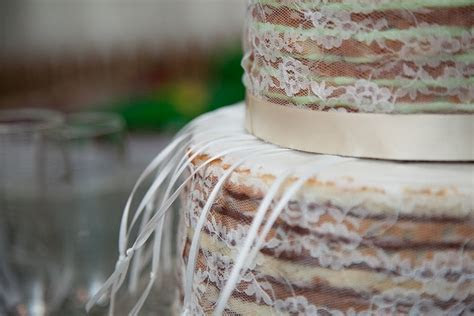 1000  images about Wedding Cake Charm Pulls on Pinterest