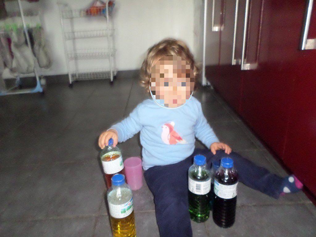 Les bouteilles colorées