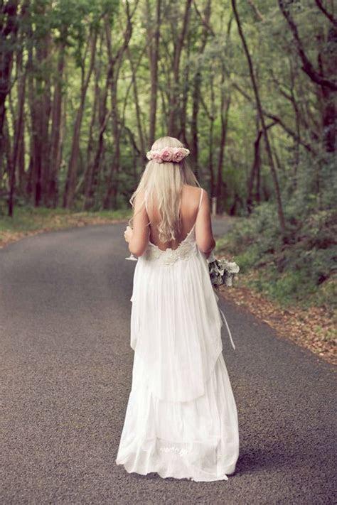 Lisa Brown wedding dress   boho northern NSW wedding via