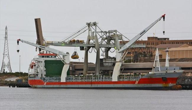 Navio da Libéria que vai atracar no Maranhão