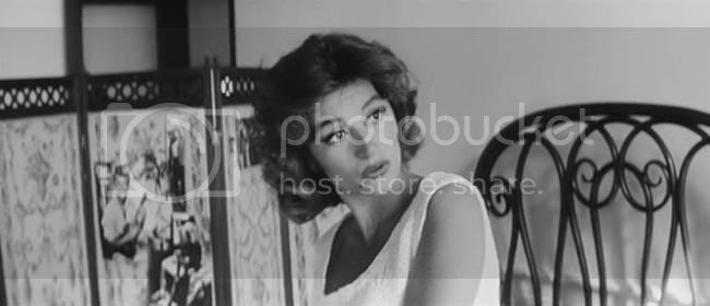 photo anouk_aimee_lola-05.jpg