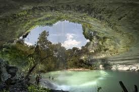 Ez volt az inspiráció a barlangot, Ash, Natalie és Illés menedéket, míg trekking át a kopár!