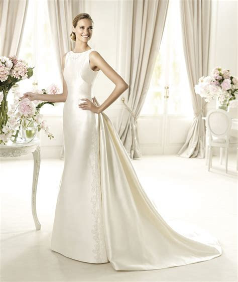Elegant Silk Wedding Dress